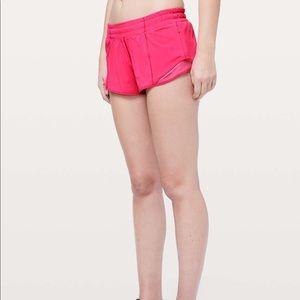 """Lululemon // Hotty Hot Shorts 2.5"""" Bright Pink 10"""